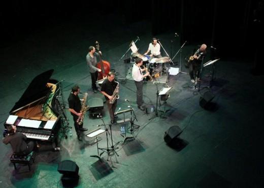 Escalandrum y Paquito de Rivera homenajearon a Astor Piazzolla