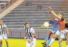 En Mar del Plata, Unión goleó a Talleres y es el único líder